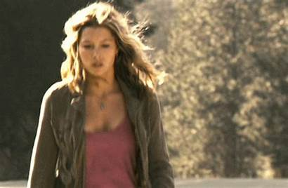 Jessica Biel Gifs Boobs Celebrity Bouncing Animated