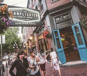 24 of the best happy hours near the global relay gastown for Lamplighter gastown