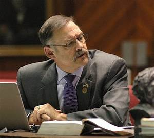 Arizona bills target Regents, tuition increases | Local ...