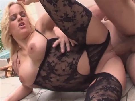 Busty Blonde Milf Sex In Stockings And Heels Free Porn