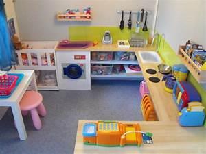 Meuble Rangement Salle De Jeux : visite de notre salle de jeux montessori chez moi ~ Teatrodelosmanantiales.com Idées de Décoration