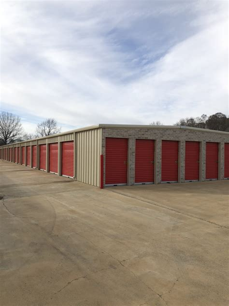storage units  trenton tn hometown storage