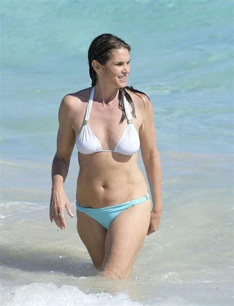 cindy crawford  bikini  gotceleb