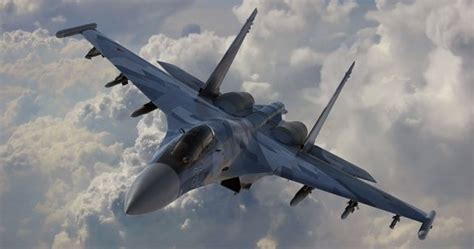 Russian Fighter Pilot Shows Off For Crowd With Amazing