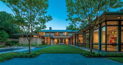 shaped plan creates  bright suburban oasis custom home magazine design projects custom