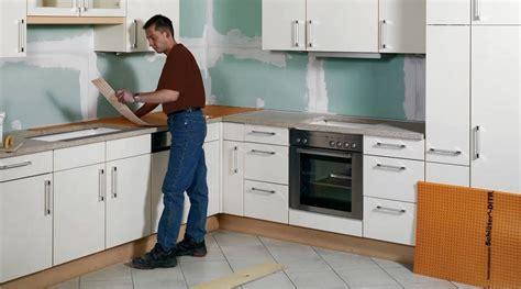 comment repeindre un plan de travail de cuisine rénover un plan de travail sur support bois