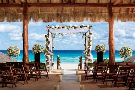 plan  destination wedding  cancun mexico