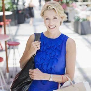 Vetement Femme 50 Ans Tendance : conseils mode pour femmes de 50 ans et plus coiffure ~ Melissatoandfro.com Idées de Décoration