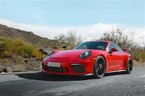 new porsche 911 a ride in the new porsche 991 2 gt3 7 things we learned