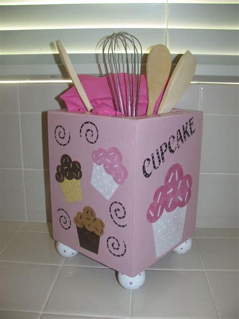 cupcake design kitchen accessories best 25 kitchen utensil holder ideas on 6322