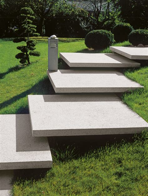 Stufen Im Garten by Stufen Rund Um Terrasse Und Garten