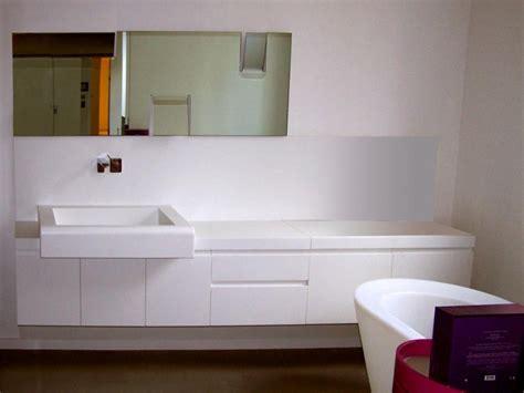 salles de bain cat 233 gorie salles de bain en corian image plan de travail et vasque en