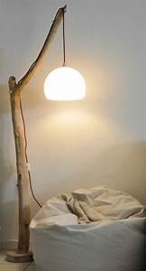 Luminaire En Bois : luminaire lampadaire liseuse en bois flott perso je n 39 aime pas le pied mais l 39 id e est ~ Teatrodelosmanantiales.com Idées de Décoration