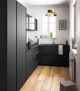 Petit Bar Cuisine : petite cuisine moderne noir et bois ouverte ambiance r tro mobalpa ~ Teatrodelosmanantiales.com Idées de Décoration