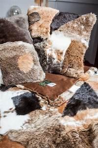 Coussin Pour Lapin : coussin en patchwork marron de fourrure de lapin long hair ~ Teatrodelosmanantiales.com Idées de Décoration