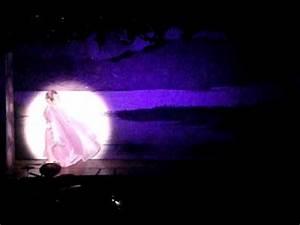 Aladdin 2012 flying carpet scene youtube for Aladdin carpet ride scene
