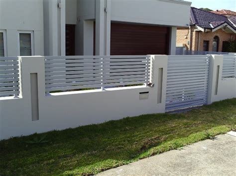 fencing contractors builders perth fence installer