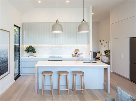 step guide  project managing  kitchen renovation