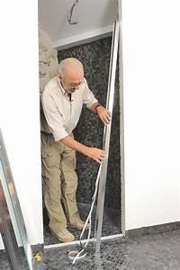 Pose Paroi De Douche : porte de douche pivotante r glable en largeur bricolage ~ Dailycaller-alerts.com Idées de Décoration
