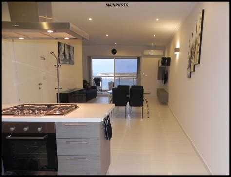 sea view luxury  bed apartment  rent holiday rentals