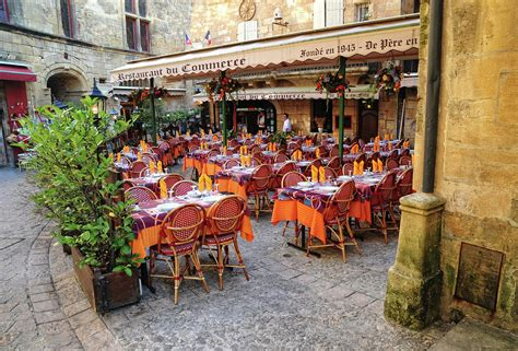cuisine sarlat a restaurant in sarlat photograph by dave mills