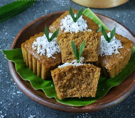 Kue serabi merupakan salah satu jajanan tradisional yang sudah tak asing lagi bagi anda bukan?camilan yang memiliki tekstur lembut dan enak ini selalu. Resep Kue Apem Kukus Gula Merah Empuk Menul dan Anti Gagal