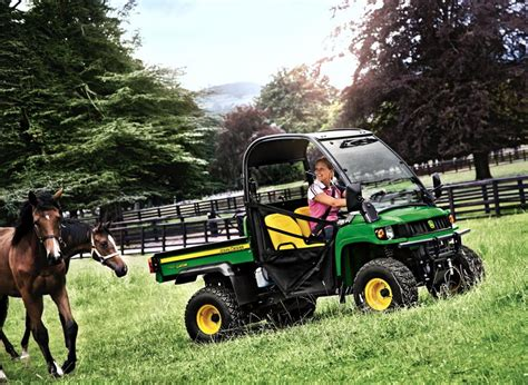 john deere gator hpx   wheel drive utility vehicle