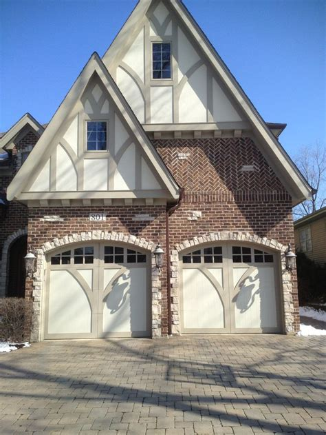 images  wood carriage house garage doors