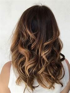Balayage Cheveux Frisés : best 25 balayage ideas on pinterest baylage brunette balayage hair blonde and baliage hair ~ Farleysfitness.com Idées de Décoration