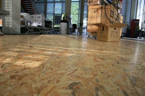 chambre grenier utiliser des dalles osb comme revêtement de sol une bonne