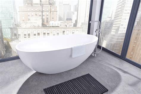 Freistehende Badewanne Die Moderne Badeinrichtungminimalistische Freistehende Badewanne freistehende badewanne kaufen badewannen