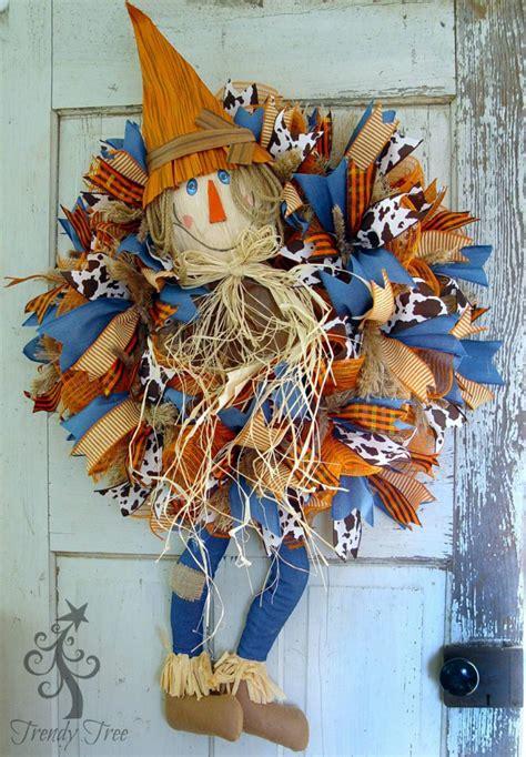 Diy Scarecrow Wreath With Legs  Trendy Tree Blog