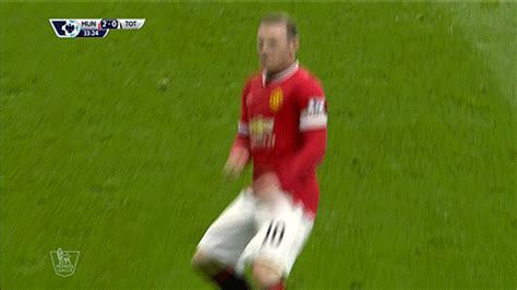 gif wayne rooney mocks boxing controversy  perfect