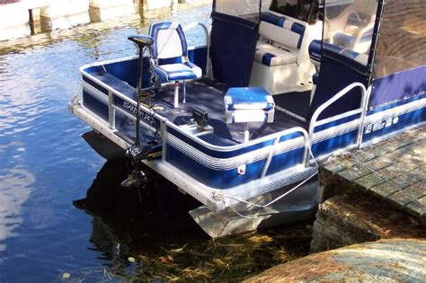 What Size Trolling Motor For 24 Pontoon Boat by Pontoon Trolling Motor Size Page 1 Iboats Boating