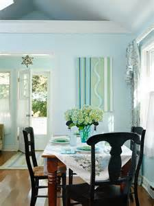 Small Cottage Dining Room Decorating Ideas
