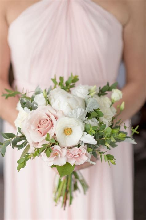 beautiful pastel bouquets vanessa joy photography