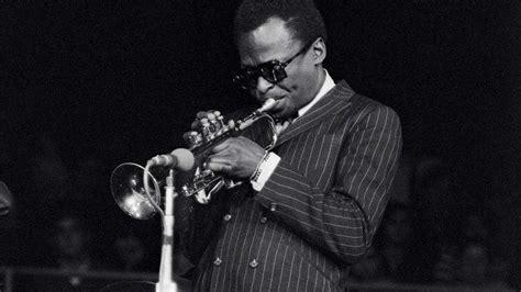 Miles Davis cambió la historia del Jazz - LaCarne Magazine