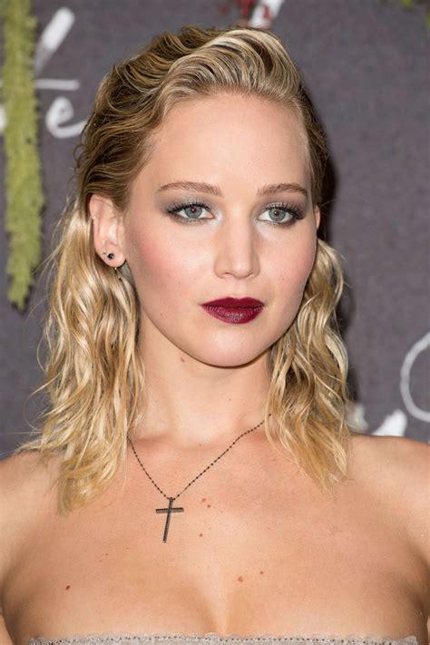 Jennifer Lawrence Mother Premiere In Paris 09072017