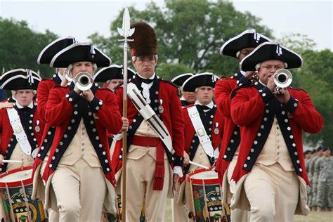drum band fife guard corps military marching orchestra difference fort army myer drums between 2008 american continental revolution vs parade