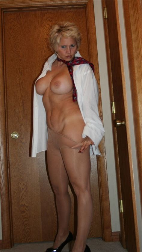 Cougar In Pantyhose Milf Sorted By Position Luscious