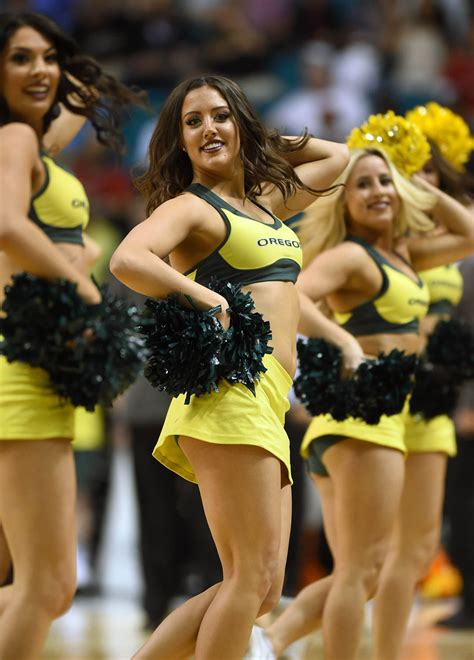 oregon ducks cheerleaders  hottest    web