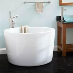 Badewanne Kleines Bad : 20 runde badewanne designs die das bad in ein paredies verwandeln ~ Buech-reservation.com Haus und Dekorationen