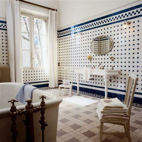 salle de bain ancienne esprit cagne chic maison