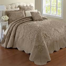 Size Bedspreads And Quilts by Top Best 5 Bedspreads King Size Clearance For Sale 2017