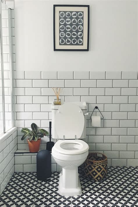 Black And White Bathroom Tile Designs by 79 Gorgeous Black And White Subway Tiles Bathroom Design