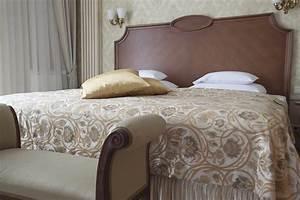 King Size Bett Amerikanisch : trendige betten f r erholsamen schlaf ~ Markanthonyermac.com Haus und Dekorationen
