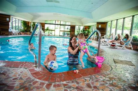 Evergreen Resort, Cadillac, MI, United States Overview