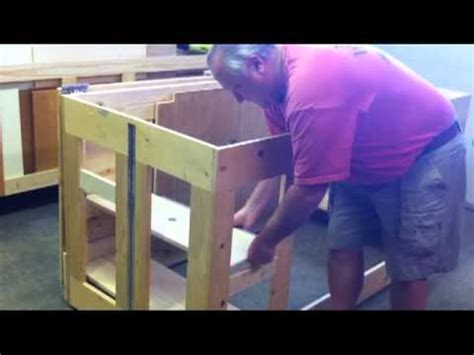 woodworking folding assembly finish table work bench