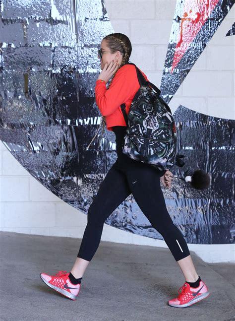 Khloe Kardashian Gym Style - Beverly Hills, April 2015 ...