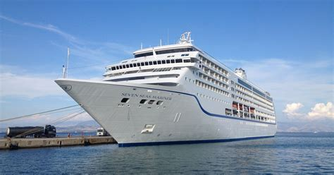 Free Unlimited WiFi On Cruise Ships? It Just Might Be A Trend